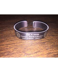 Trooper Joel R. Davis memorial bracelet